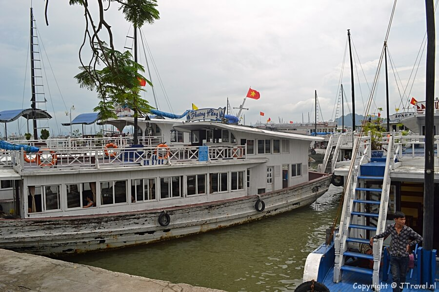 De boot naar Halong Bay