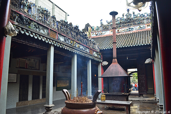 Thien Hau Pagode in Chinatown - Ho Chi Minh City