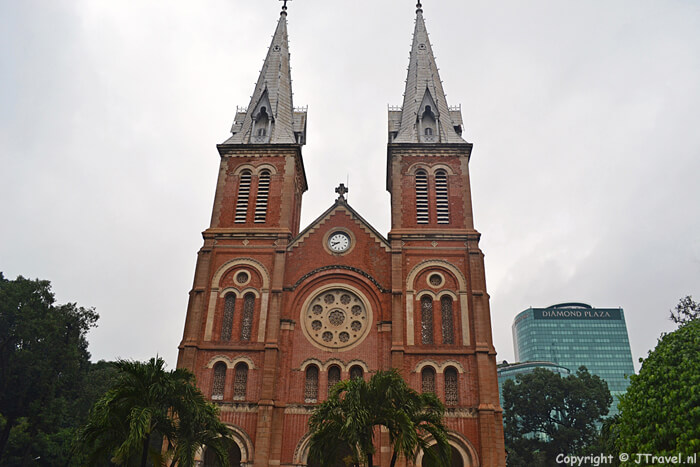 De Notre Dame Kathedraal in Ho Chi Minh City / Copyright © JTravel.nl